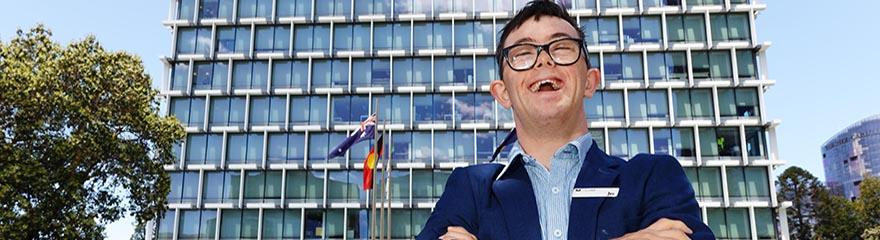 Smiling Joe Salt in front of WA building